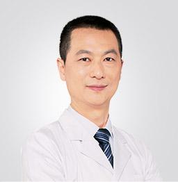 栗勇 美莱集团胸部整形技术总监