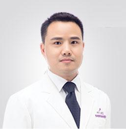 尹飞  美容外科主治医师