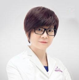 吴静 美容外科副主任医师