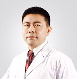吴长波 美莱首席种植牙医师